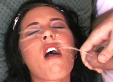 Cumshot Oasis Free Video