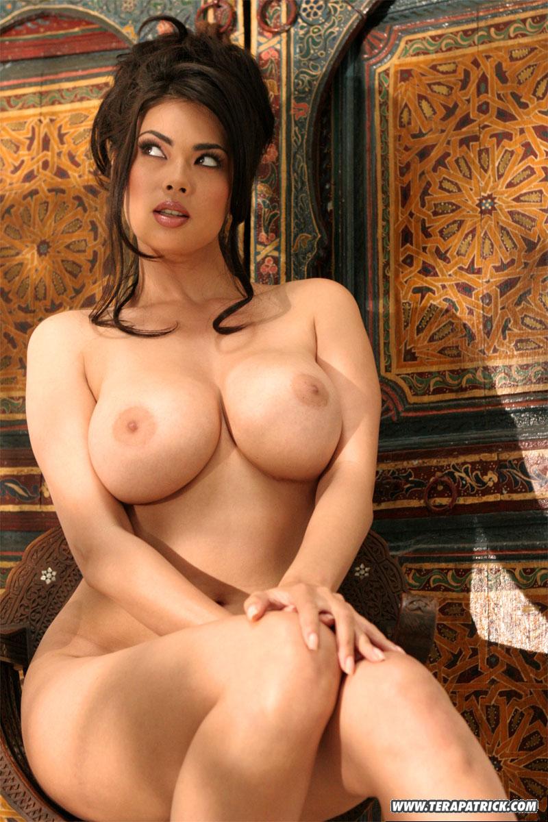 Nude Vanessa Huggens