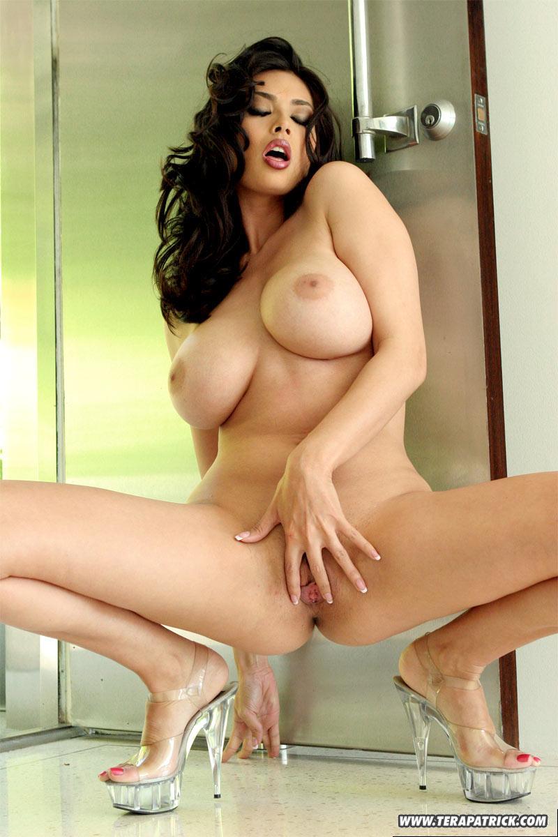Смотреть бесплатно онлайн порно с tera patrick 6 фотография