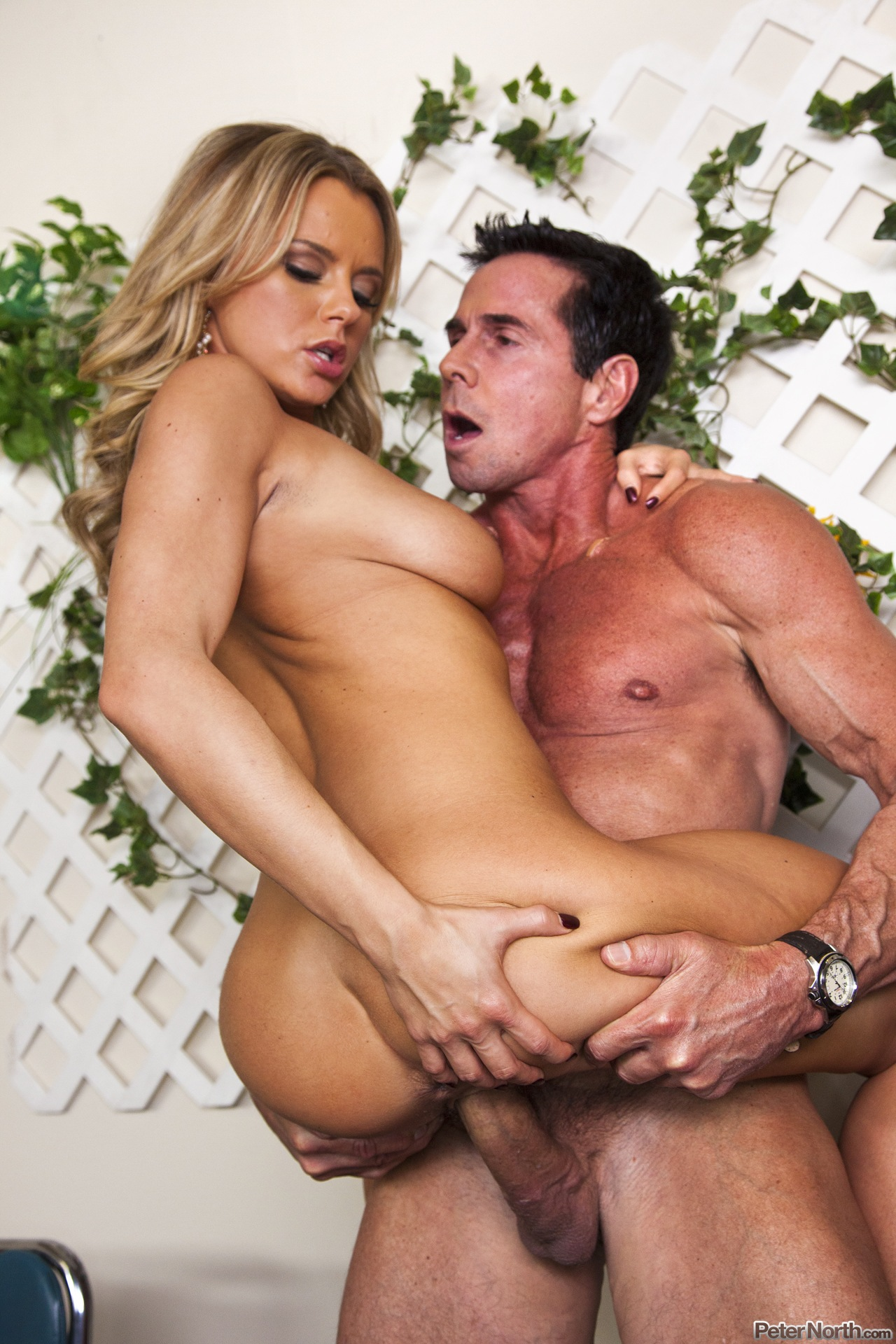 Blonde Pornstar fucked by Peter North