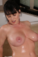 Nuru MassagePicture 11