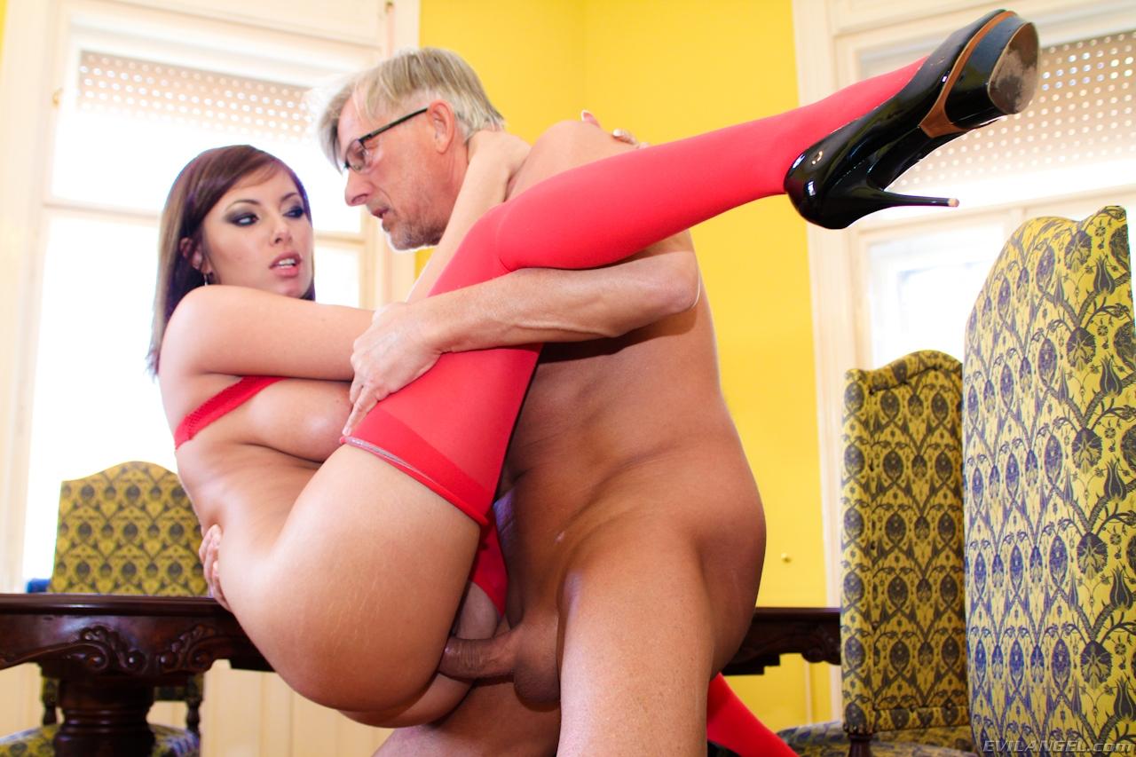 Смотреть порно donna red 16 фотография