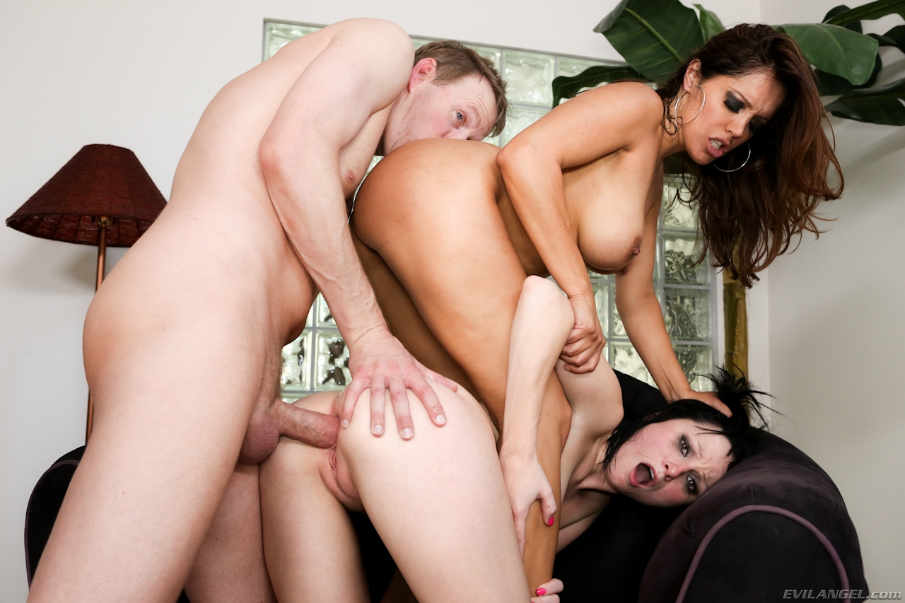 The Le Wood Anal Hazing Crew 2 (2012)