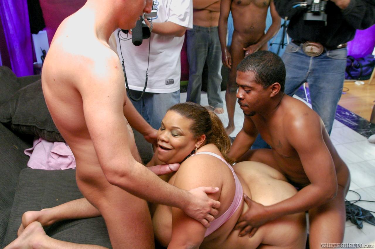 Проститутку москвы толстушку снять 13 фотография