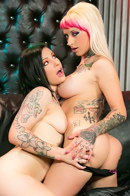 Alt Babes Jessie Lee And Tori Lux Strapon Lesbian Fun - Picture 4