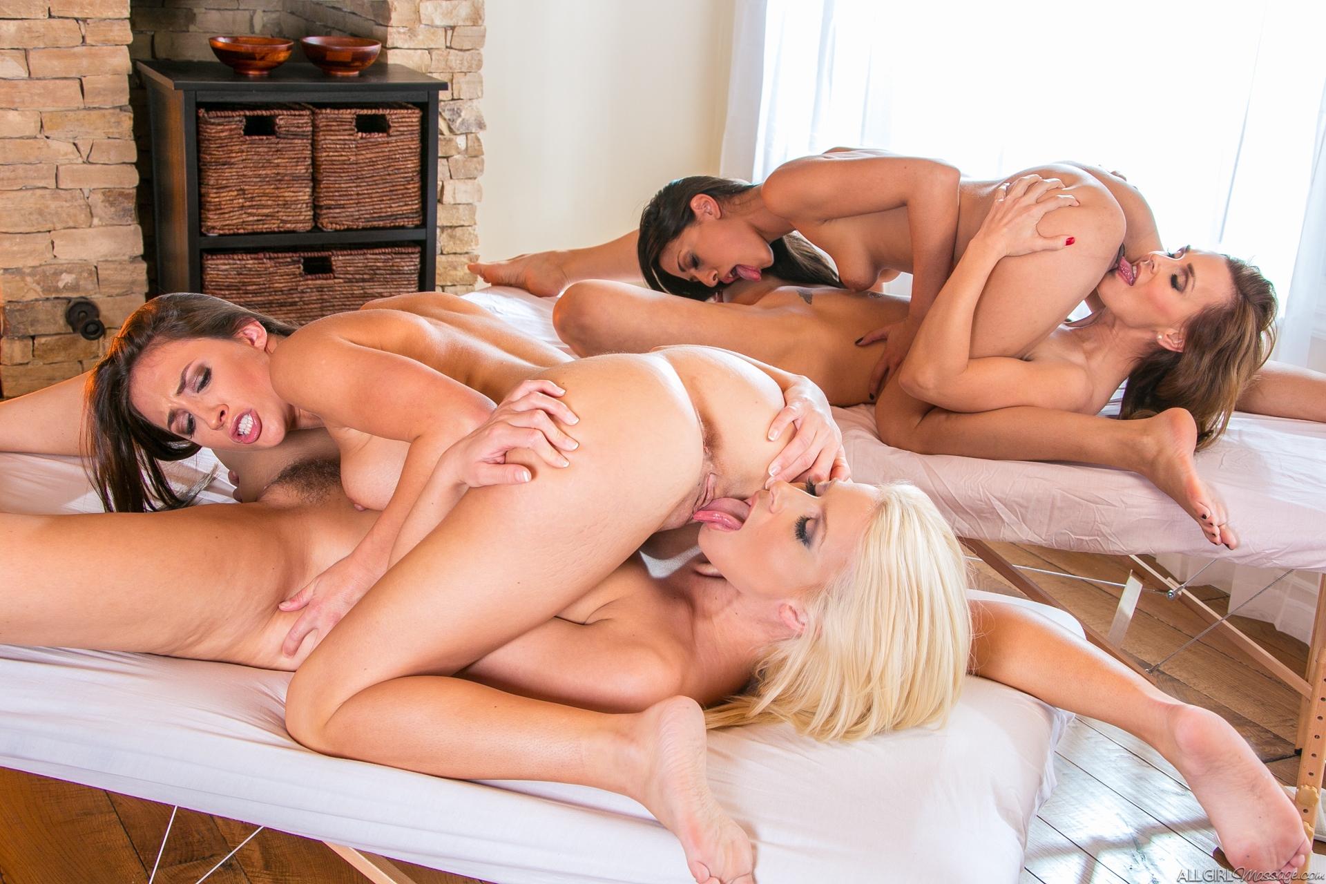 Три лесбиянки смотреть полнометражное порно