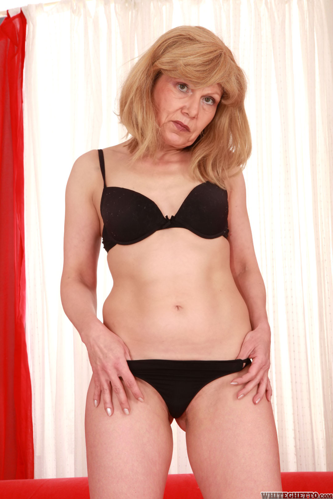 sxx pic teasers 8 80 8014 4d4d604797 non nude 01 8014 10