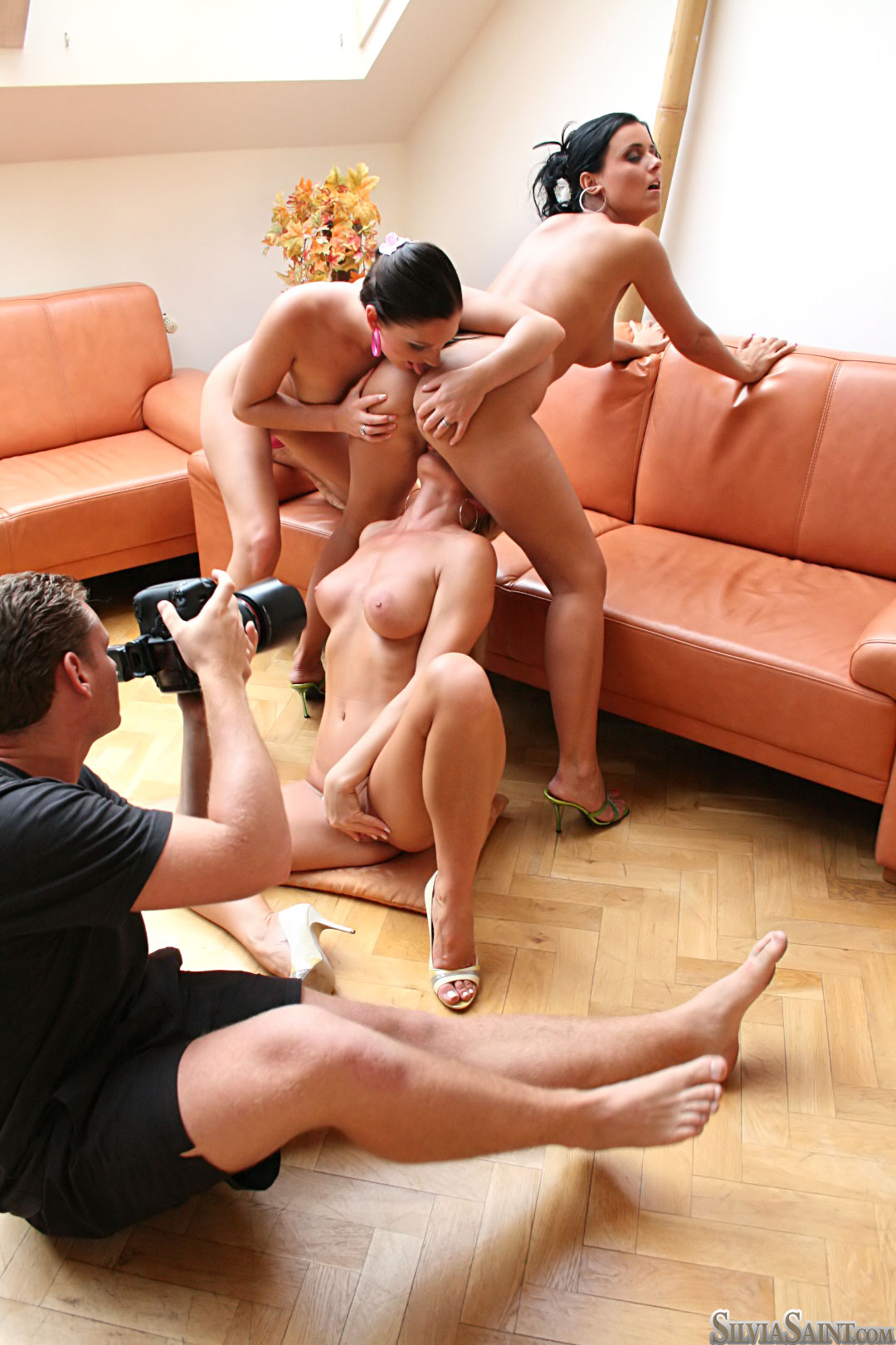 Смотреть групповое порно с silvia 6 фотография