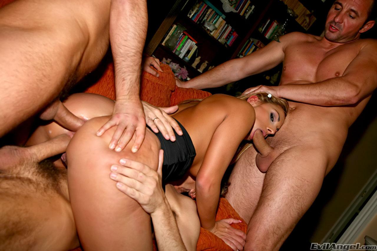 Тройное проникновение секс смотреть онлайн бесплатно 21 фотография