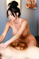 Nuru MassagePicture 8