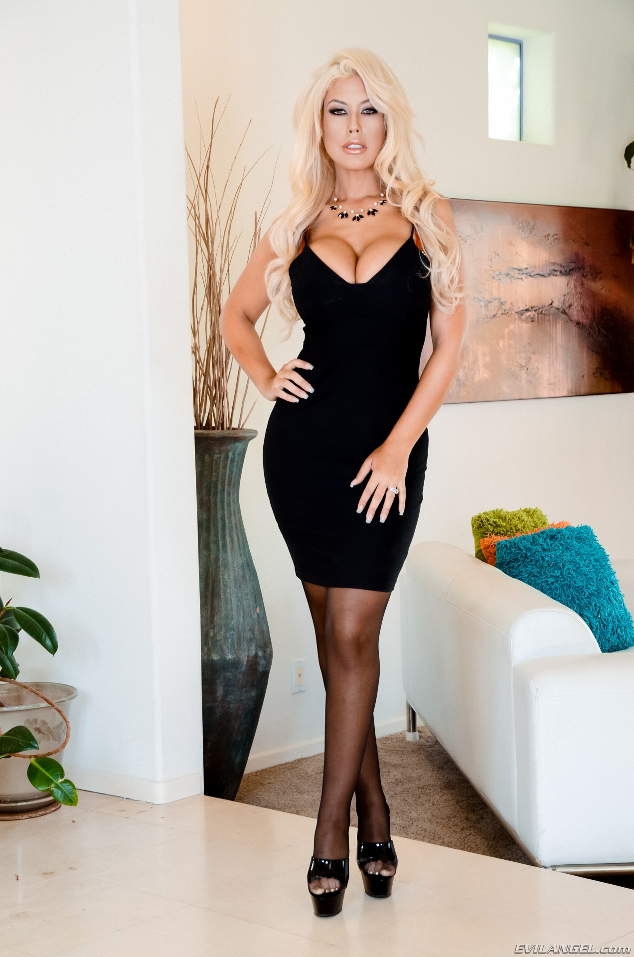 milf bridgette b. looks stunning in a super tight skirt with