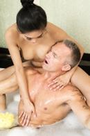 Nuru MassagePicture 7