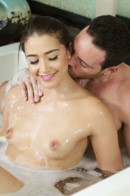 Nuru MassagePicture 6