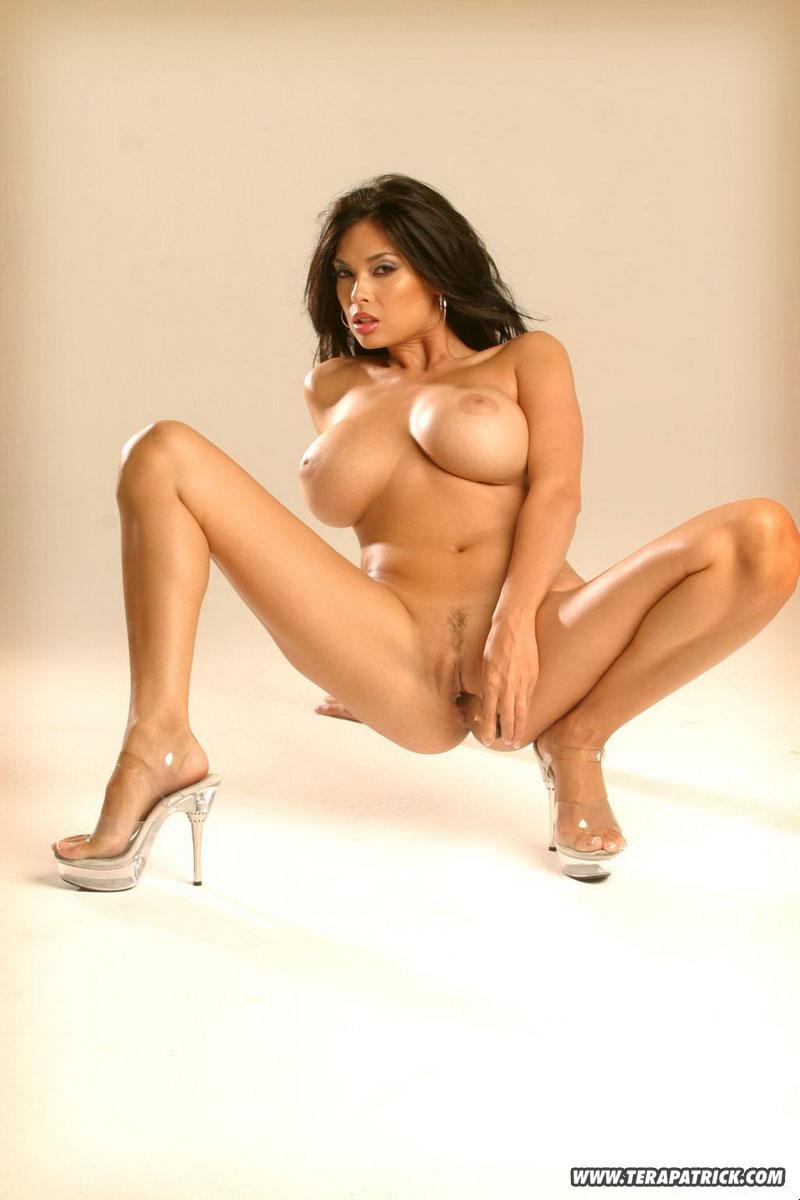 Nude Tera Patrick Nude Calender Pic